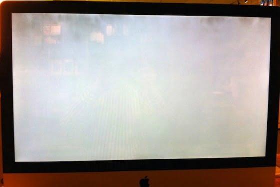 verschmutztes iMac Display e1302031310305