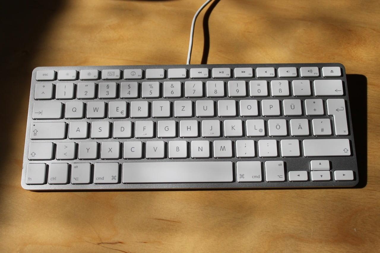 Die kleine kabelgebundene Apple Tastatur gibts nicht mehr - mac&egg