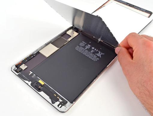 iPad mini im Teardown: schwierig zu reparieren