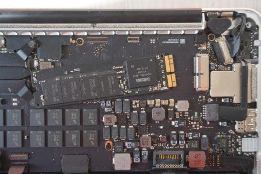 MacBook Pro Retina originale SSD entfernen
