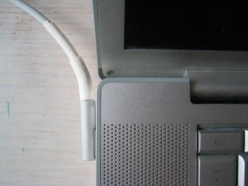 Ladekabel am MacBook Pro