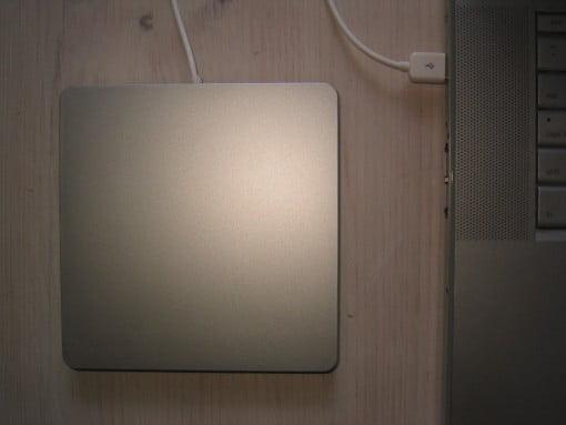 MacBook Pro und USB Superdrive