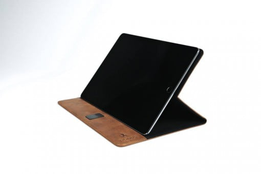 Nodus Access Case iPad Hand