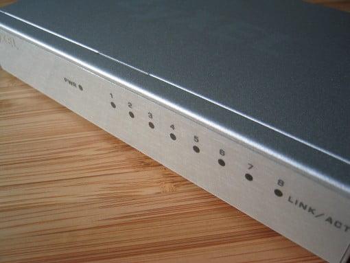 Zyxel Review: Zyxel GS-108B Gigabit Switch LEDs