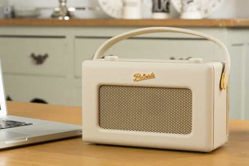 Roberts Radio Revival iStream 2 beige