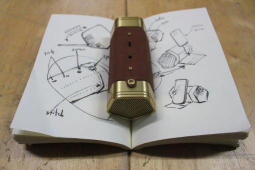 Leatherweight Bluetooth Lautsprecher Entwurf