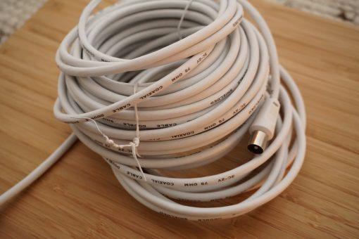 Zweifach geschirmtes Kabel