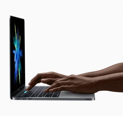 Apple MacBook Pro 2016 tippen