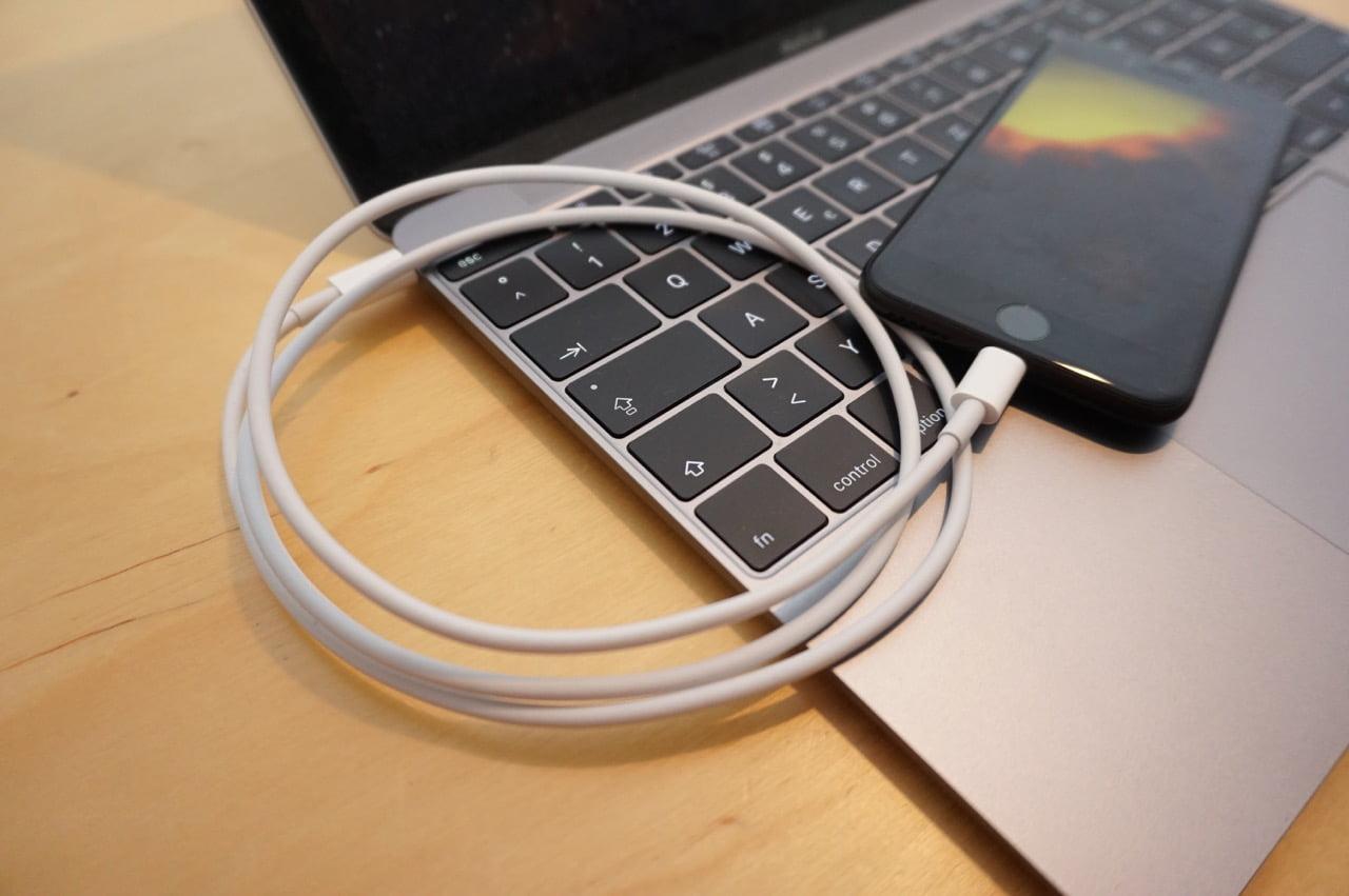 Lg Fernseher Mit Iphone Verbinden : Iphone bildschirminhalt auf macbook spiegeln mit lightning kabel