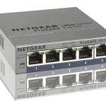 Netgear Switch GS105Ev2 mit deutscher und japanischer Oberfläche