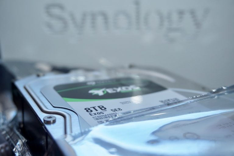 Eigene DIY Cloud Backuplösung mit 8 TB Festplatte und Synology