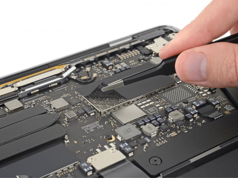 Basis MacBook Pro 2019 mit einem Lüfter, fester SSD