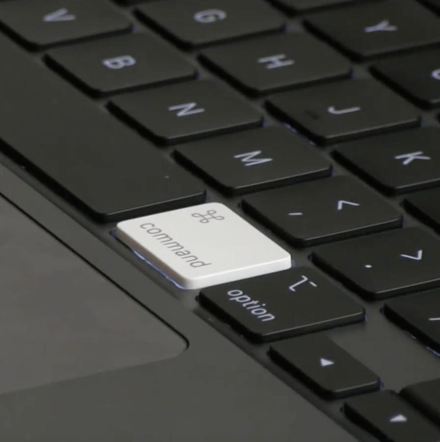 macbook pro 16 magic keyboard